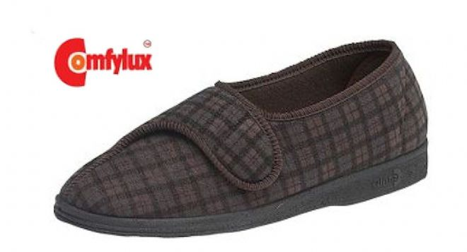 Comfylux 'PAUL' wide fitting Touch & Close Slippers BROWN